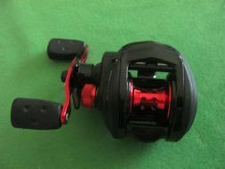 1 ABU GARCIA BLACKMAX3 LOW PROFILE RIGHT-HANDED BAITCASTING