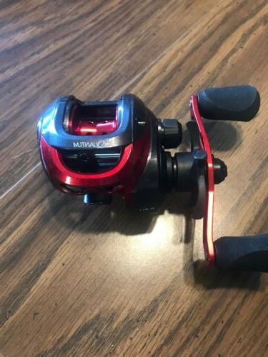 pulse right hand baitcasting reel 6 6